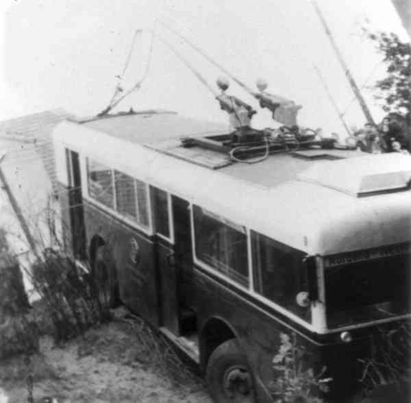 Trolleybus no. 04(II) of the German type KEO 1 (war unit bus standard size 1), (out of service)