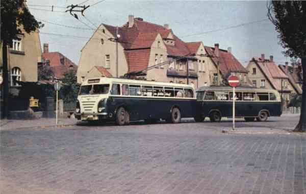 Trolleybus no. 04 of the GDR-type LOWA W 602a with trailer no. IX (GDR-type W 700) (out of service)