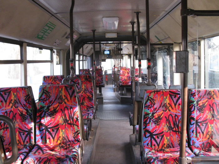 Articulated trolleybus no. 011 of the Austrian type ÖAF Gräf & Stift NGE 152 M17 - back interior view