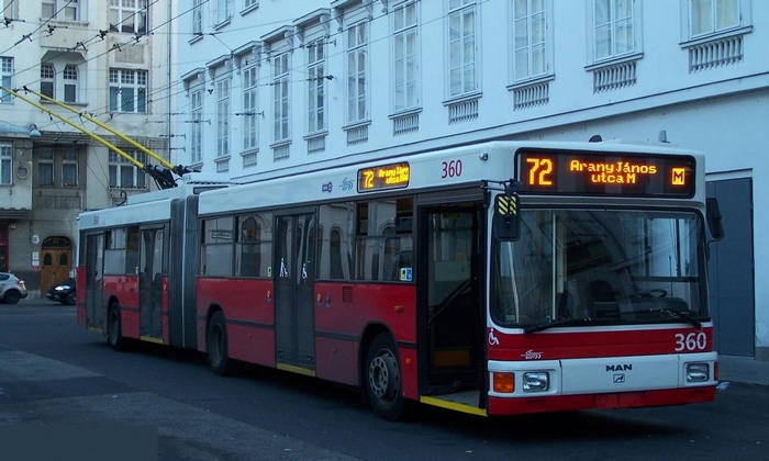 Former Eberswalde articulated trolleybus 011 of the Austrian type ÖAF Gräf & Stift NGE 152 M17 in Budapest/H with the car no.360 at the Arany János utca